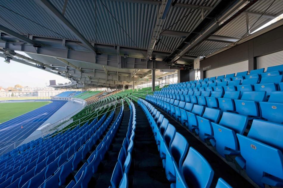 Stadion der Stadt Linz - Sitzplatztribüne © ILG Stadt Linz