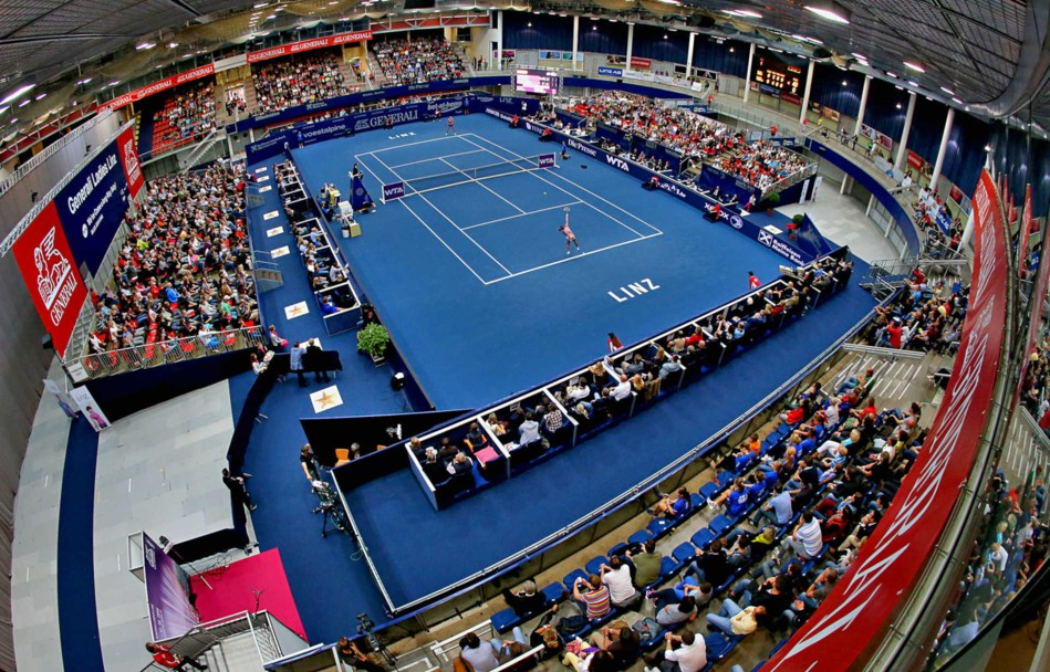 Tips Arena - Center Court © Helmut Plohberger