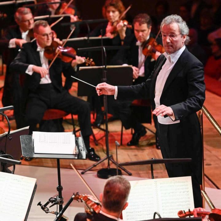Franz Welser-Möst & The Cleveland Orchestra