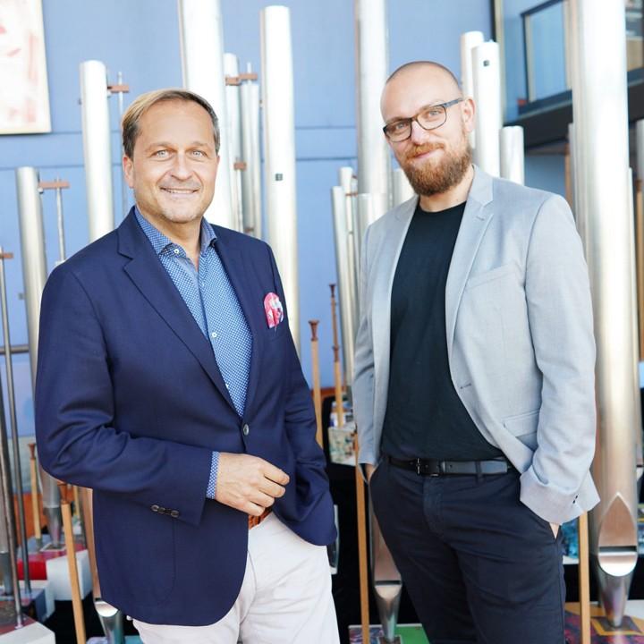 Dietmar Kerschbaum mit Künstler Thomas Kurz © Reinhard Winkler