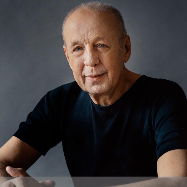 Stefan Soltész  © Jonas Hiolthaus
